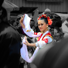 The Dancer by Icank AU - People Street & Candids