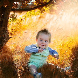 Sunny day by Piotr Owczarzak - Babies & Children Children Candids ( child, colors, christmas, bush, sun )