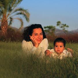 by Necdet Yaşar - People Maternity ( family, portrait )