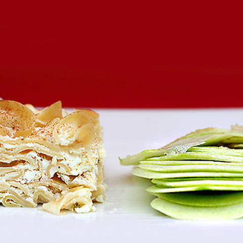 "Recipe for Noodle Kugel with ""Melted"" Apples"