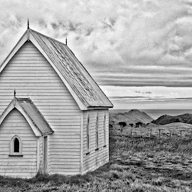 The Kirk by Bryan Lowcay - Buildings & Architecture Places of Worship