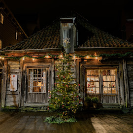 Old house at bryggen in  Bergen Norway by Svein-Rene Kraakenes - Buildings & Architecture Public & Historical ( lights, history, old house, night scene, old building )