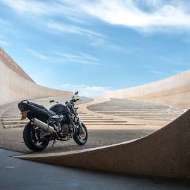Suzuki Bandit  by Nicky Staskowiak - Transportation Motorcycles ( suzuki, motorcycle, belgium, architecture, bandit 1200,  )