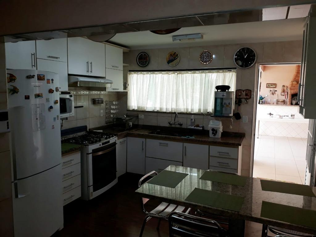 Casa à venda por R$ 985.000