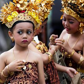 BEAUTY OF TENGANAN by Yudik Pradnyana - Babies & Children Children Candids ( bali, candids, culture, portrait )