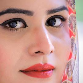 Aankhain by Abdul Sattar Khokhar - People Body Parts ( pakistan, islamabad, portrait, eyes, jabbri )
