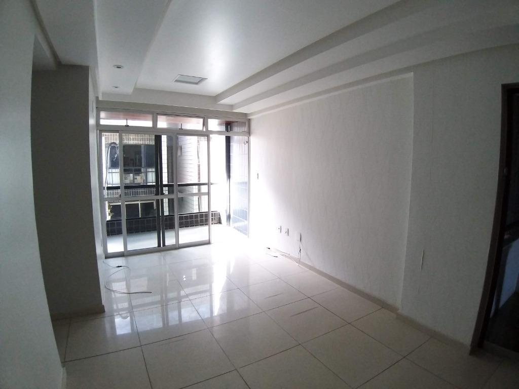 Apartamento com 3 dormitórios à venda, 74 m² por R$ 198.000 - Jardim Oceania - João Pessoa/PB