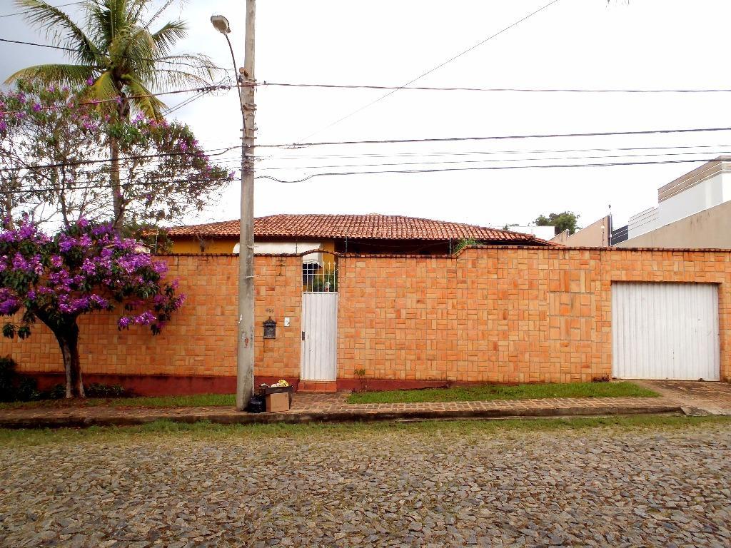 Casa residencial à venda, São Luiz, Belo Horizonte.