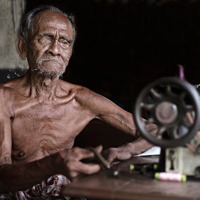 Older Tailor by Mohd Helmie Wahab - People Portraits of Men ( senior citizen )