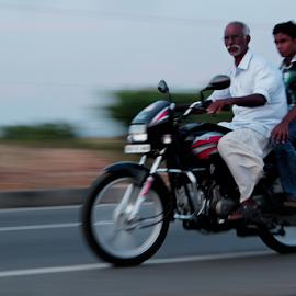 by TRINETRINI RAMESHA - Transportation Motorcycles