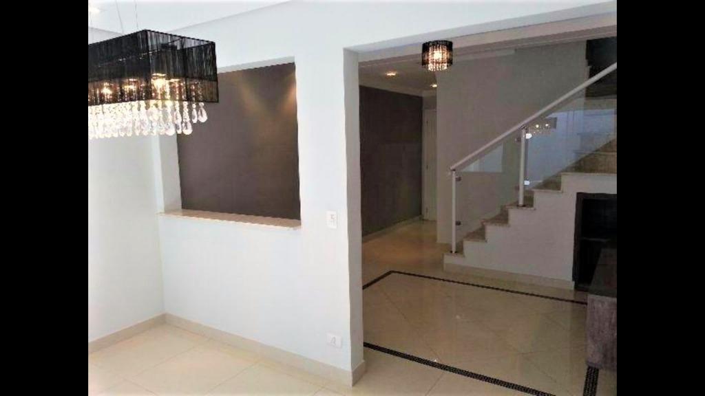 [Linda casa no Condomínio Bella Colonia I para venda]