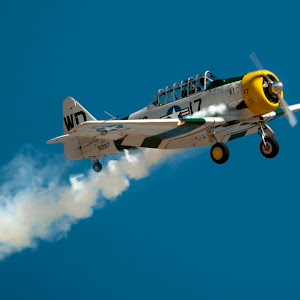 plain apple valley airshow.jpg