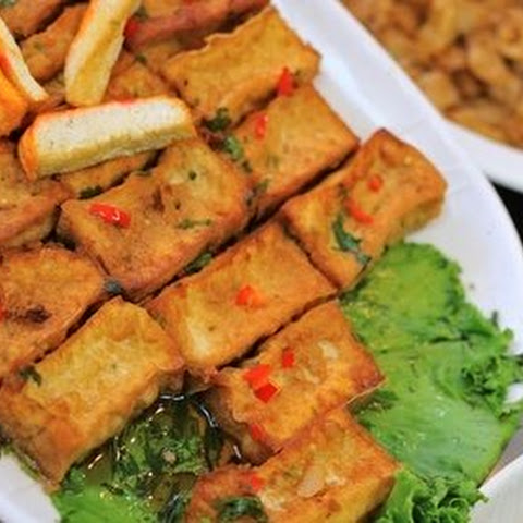 Korean Pupu Tofu With Soy Dipping Sauce