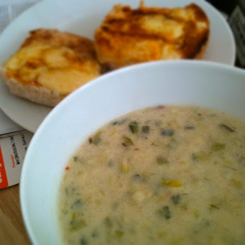 Comforting Potato And Leek Soup