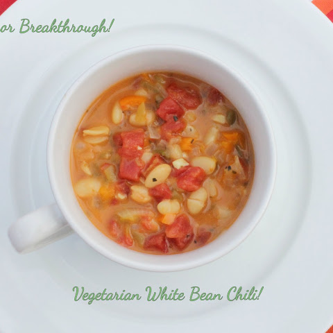 Vegetarian White Bean Chili!