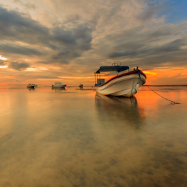 Great Sky Over The Sea by Choky Ochtavian Watulingas - Landscapes Waterscapes ( clouds, seaweeds, boats, clouds and sea, reflections, sunrise, seascape, skies )