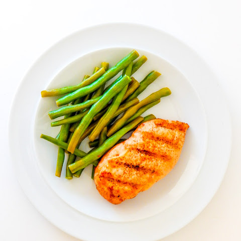 Clean Eating Grilled Cayenne Chicken With Garlic Green Beans {low Carb}