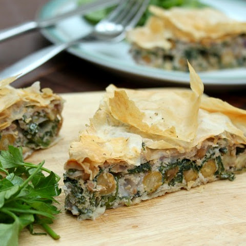 Spinach And Ricotta Strudel With Chickpeas