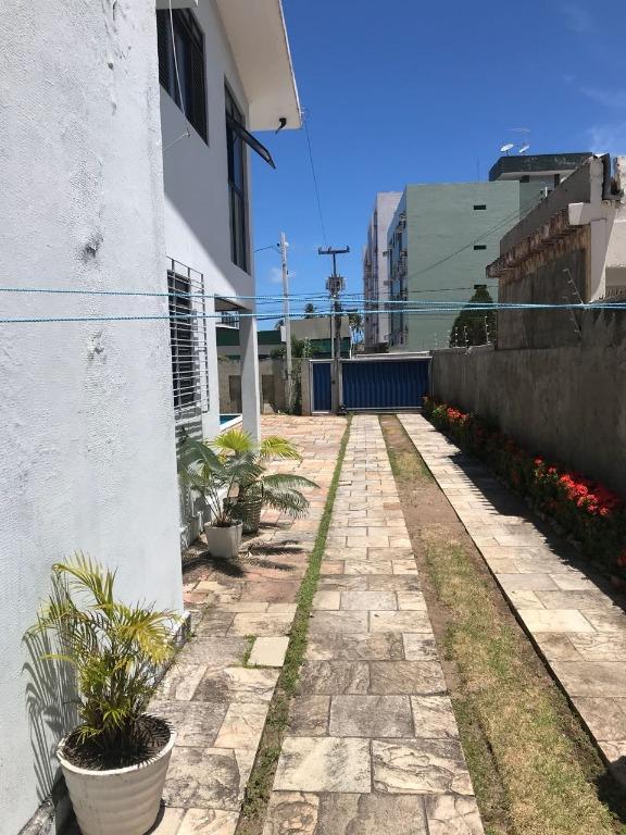 Casa comercial para locação, Jardim Oceania, João Pessoa.