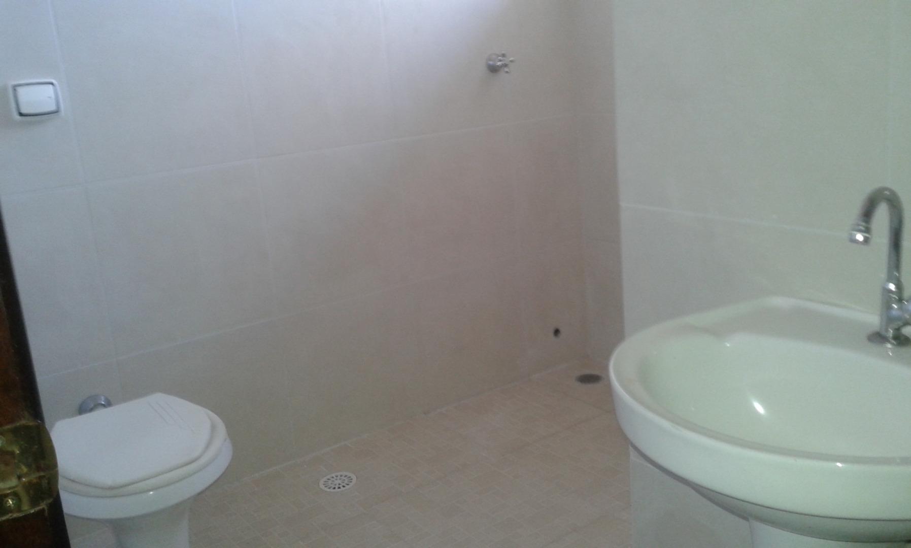 Casa de 3 dormitórios à venda em Vila Santa Terezinha, Cotia - SP