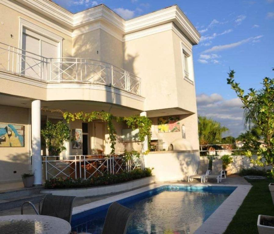 Linda e excelente casa 672 m² no Residencial 5 4 suítes e 5 vagas casa no estilo neoclássico na parte mais alta do condomínio