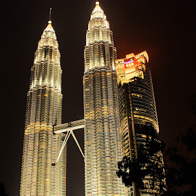 suria KLCC malaysia by Raz Adyza - Buildings & Architecture Statues & Monuments