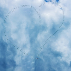 Love is in the Air by Bor Rojnik - Sports & Fitness Other Sports ( love, dancing, airport, paragliding, dancers, sky, paraglider, glide, air, waltz, airpower )
