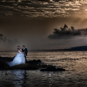 by Philippe Grosvald - Wedding Bride & Groom