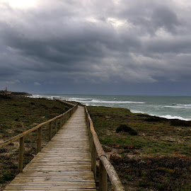 Dark clouds by Gil Reis - Buildings & Architecture Bridges & Suspended Structures ( clouds, beaches, sky, nature, sea, weather, places, portugal )