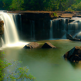 TAADTOON Thailand by ธเนศ ขวยไพบูลย์ - Landscapes Waterscapes ( canon, waterfall, thailand )