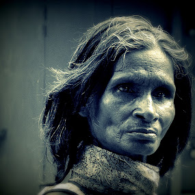 A MAD.......... by Arunabha Kundu - Novices Only Portraits & People ( pratiki, soham, arijit, arnab, dipankar )