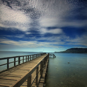 UJUNG INDAH by Zulkifli Sukarta - Landscapes Waterscapes ( indonesia celebes )