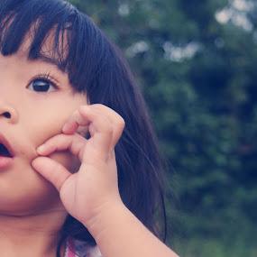 by Adianca Ridhani - Babies & Children Child Portraits ( child, girl, daughter, children, kids )