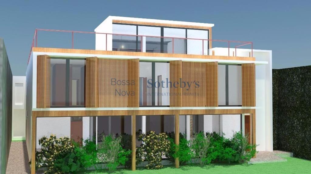 Casa em construção próxima ao shopping Iguatemi