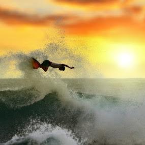 Balangan Heat by Alit  Apriyana - Sports & Fitness Surfing