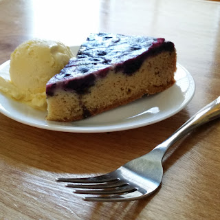 Mixed-Up Berry Upside Down Cake