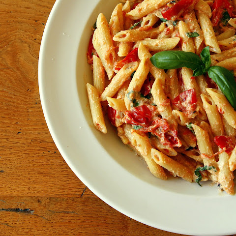 Pasta with Ricotta and Roasted Tomatoes