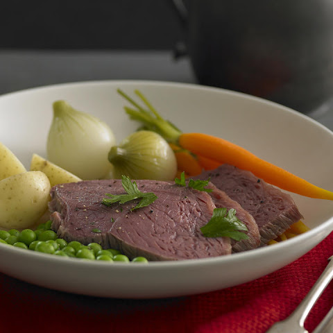 Corned Beef with Potatoes and Vegetables