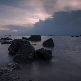 Sunset without sun by Muhamad Ramlan Setiawan - Landscapes Sunsets & Sunrises ( sunset, indonesia, balikpapan, stone, beach, landscape, menepora )
