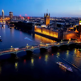 London Blue Hour by Babor Ali Khan - Instagram & Mobile Android