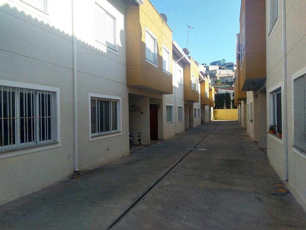 Casa em Condomínio Fechado no Centro de Barueri_02 dormitórios reversível para 03_01 vaga de garagem