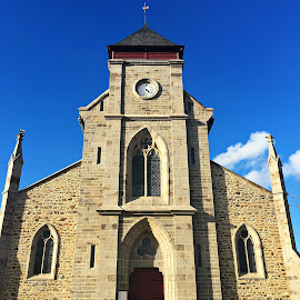 Eglise by Dobrin Anca - Buildings & Architecture Places of Worship ( prayer, church, street, brittany, wonderful )
