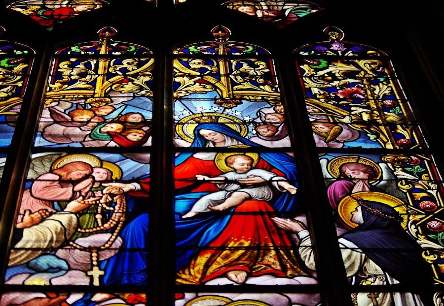 Je vous salue Marie pleine de grâce by Ciprian Apetrei - Public Holidays Christmas
