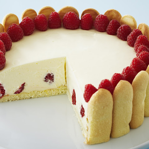 Elegant Raspberry Lemon Torte