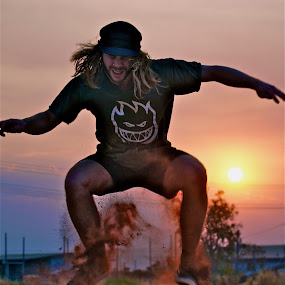 skating in outback Australia by Adam Scarf - Sports & Fitness Skateboarding ( skateboarding, sand, dust, australia, fast shutter, northern territory )