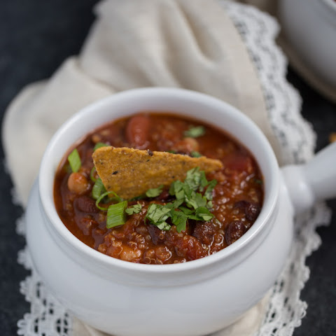 Smoky Vegan Quinoa Chili