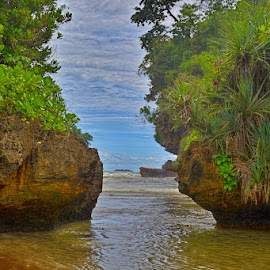 Pelang Beach by Curly Yanni - Landscapes Beaches ( indonesia, east java, pelang, trenggalek, beach )