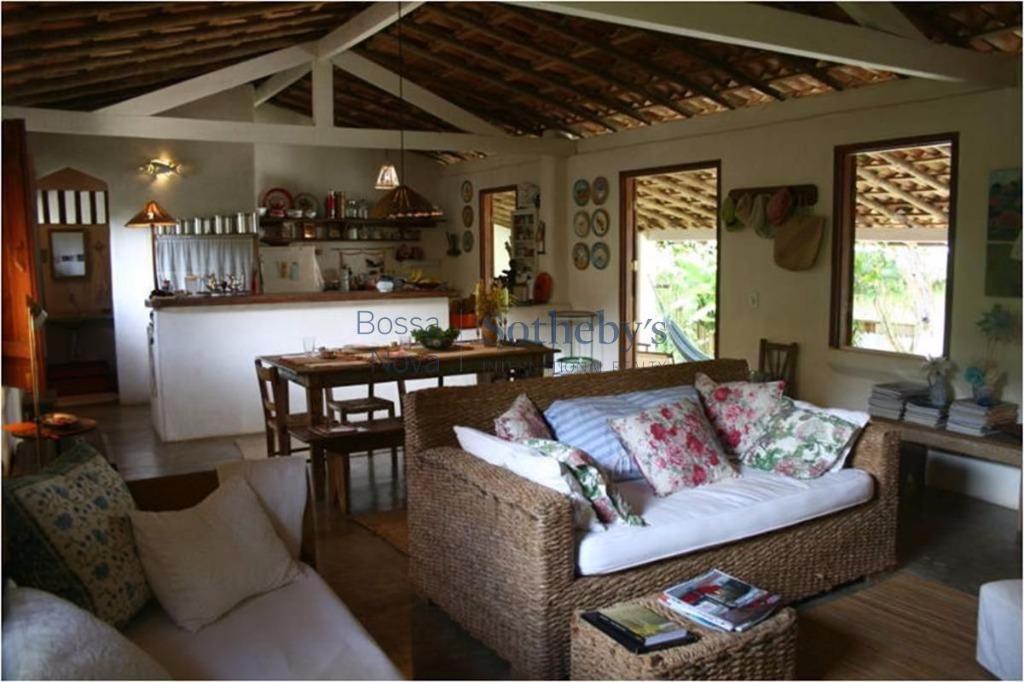 Casa charmosa  com ambientes acolhedores.