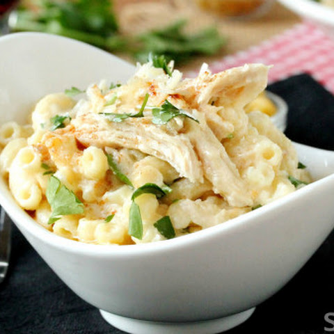 Slow cooker chicken Alfredo macaroni and cheese