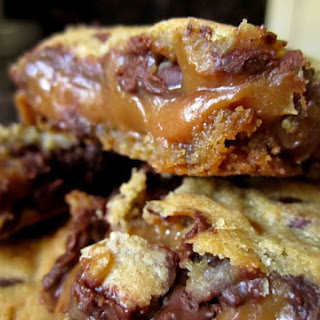 Chocolate Chip Caramel Peanut Butter Bars